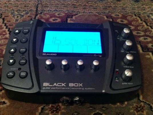 M-Audio Black Box (simulador de amplis con efectos sincronizables al tempo y caja de ritmos, y tarjeta de audio USB)