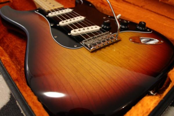 RESERVADA Fender Stratocaster American Vintage Reissue 70s