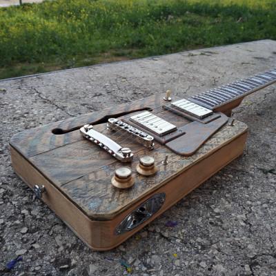 Cigar Box Guitar Loluthier Missouri LP Custom Relic.