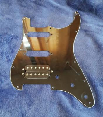 Fender Atomic Humbucker+Gopeador Fender Strato negro HSS original