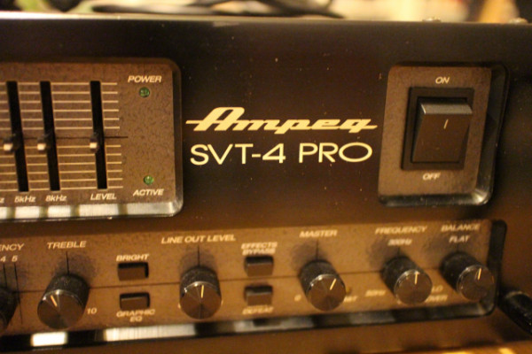 Ampeg SVT-4 Pro (Made in USA)