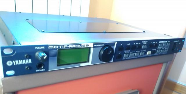 Yamaha motif rack es