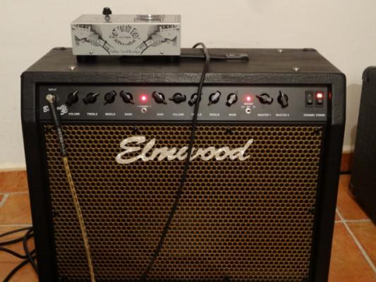 Elmwood bonneville IMPECABLE/  por guitarra.