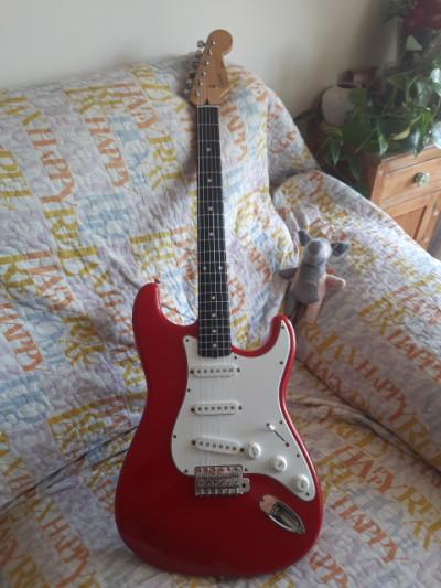 Fender Squier Stratocaster Japón