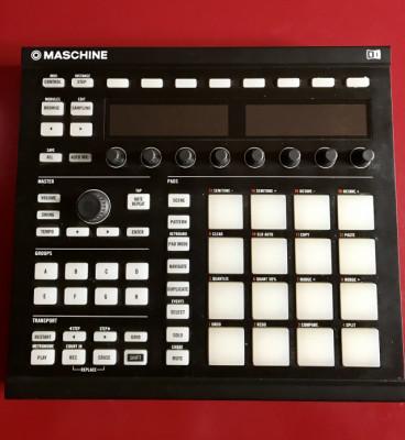 Maschine mk2 negra