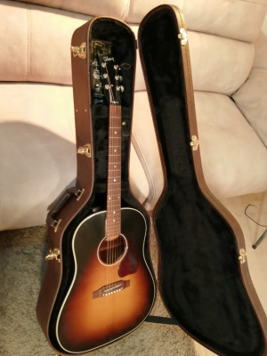 Gibson J-45 Standard (2018)