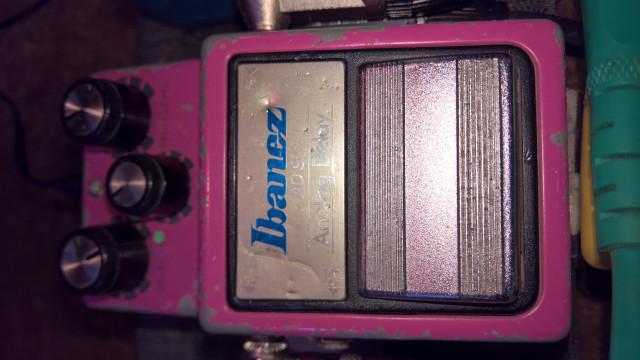 Delay analógico Ibanez Ad9 vintage