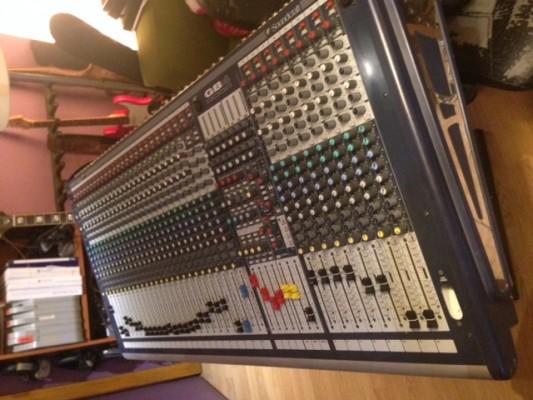 vendo Mesa de mezcla Soundcraft gb4 32