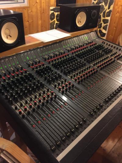 mesa mezclas estudio 32 canales in line