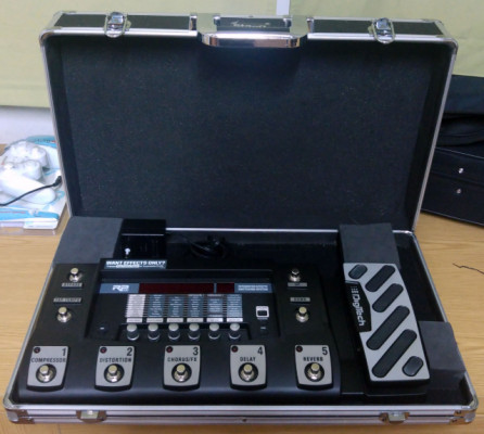 Pedalera Digitech RP500