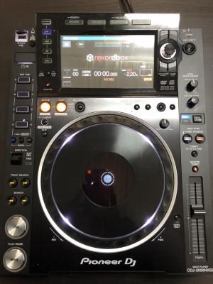 CDJ 2000 NEXUS 2 CÓMO NUEVO