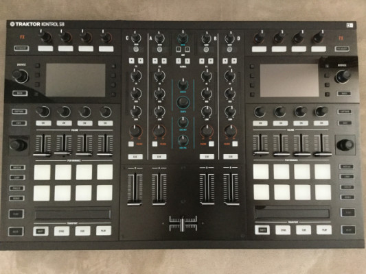 Traktor S8 Native Instruments