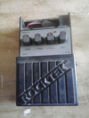 Pedal Rocktek MWR-01  Metal Worker