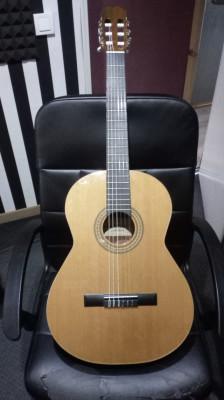 Guitarra española Admira recien revisada.