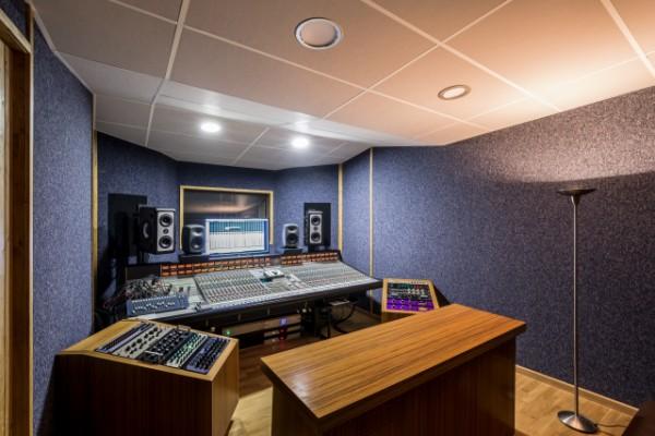 Cut Records - Estudio de grabación en Valencia.