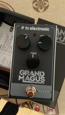 TC Electronic pedal distorsión Grand Magus