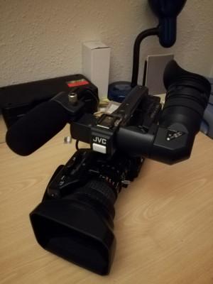 CAMARA JVC GY-HD100E