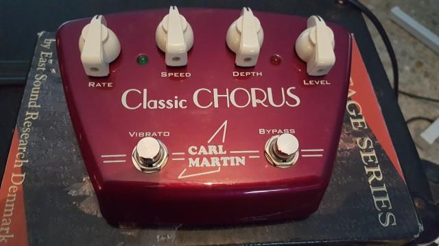 o cambio Classic Chorus & Vibrato Carl Martin