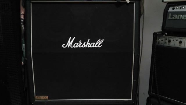 Pantalla Marshall 1960A 4x12 16Ohms(reservada)
