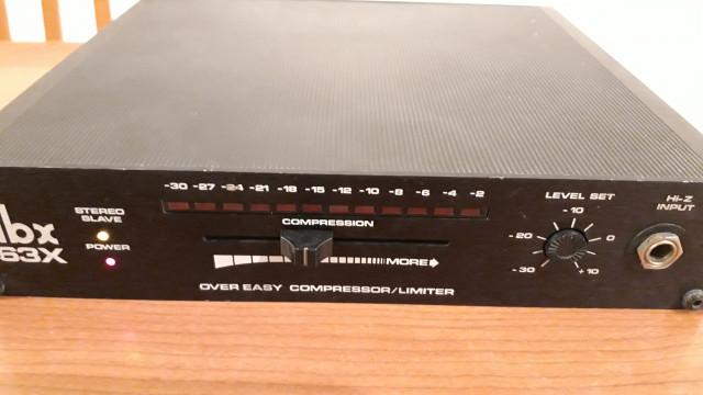 DBX 163X Compresor