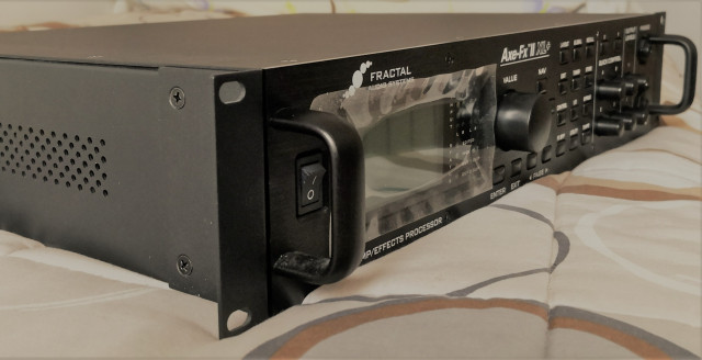 FRACTAL AXE FX 2 XL PLUS  (reservado)