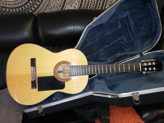 Guitarra Clásica de luthier bru-tal
