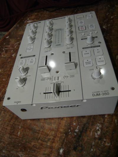 Pioneer DJM 350 Blanco Edicion
