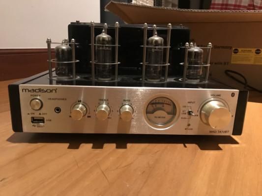 Amplificador de Valvulas hibrido, con bluetooth MAD TA10BT  y altavoces