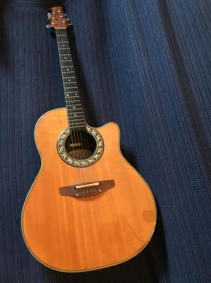 Guitarra electro acústica Ovation Modelo 1661