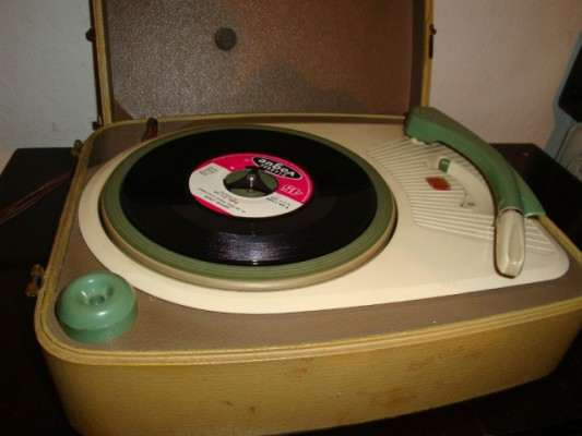Tocata Phillips retro 50's 60's R'n'R,rockabilly,mod,beat,soul,surf,garage-punk...!!! vendo o cambio
