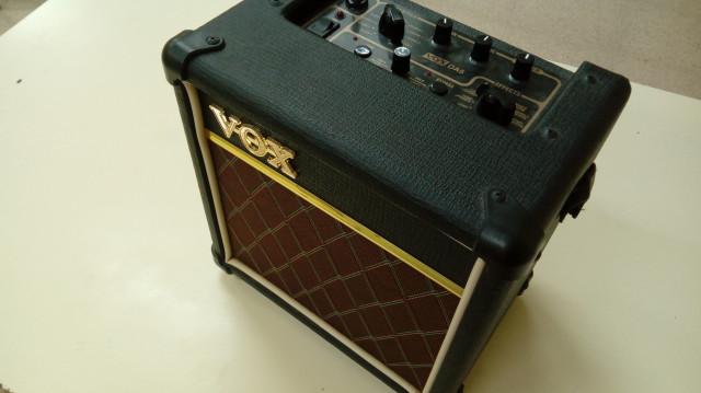 Amplificador Vox AD 5