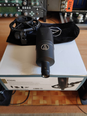 Audio Technica AT4040 (Micro condensador)