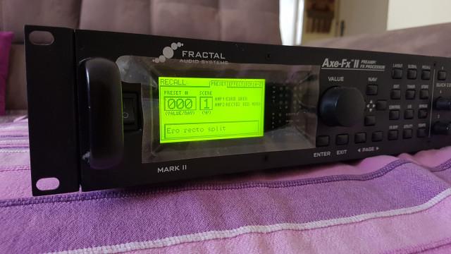 Previo de guitarra Axe fx 2 Mark 2 y accesorios.