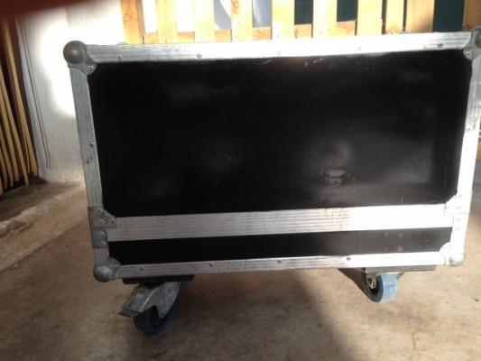Pantalla mesa boogie 2x12 flight case
