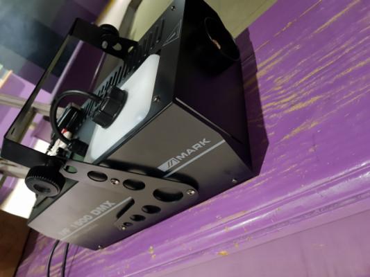 Máquina de humo Mark MF1500 DMX