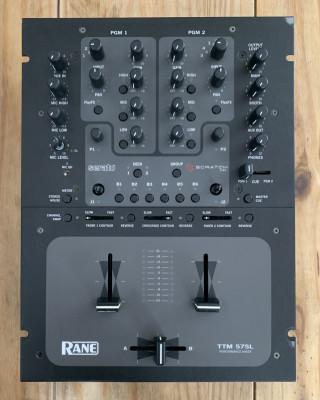 Mesa de mezclas Rane TTM57SL