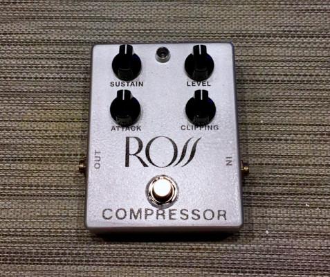 Clon pedal Ross Compressor