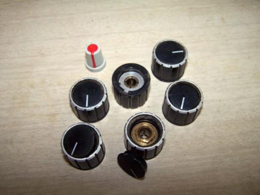 Botones de mando de potenciómetros.