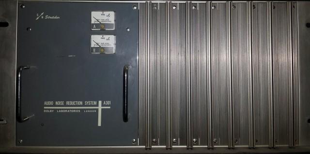 STRETCHER - A301 DOLBY