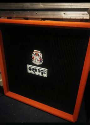 Vendo Pantalla de Bajo Orange OBC410
