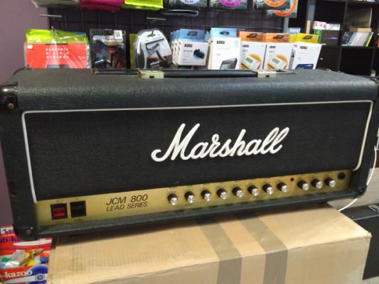 Marshall JCM 800 2210 (Revisado,válvulas y electrolíticos nuevos)