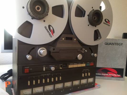"Grabador de cinta TASCAM 38 (8 pistas, 1/2"")"