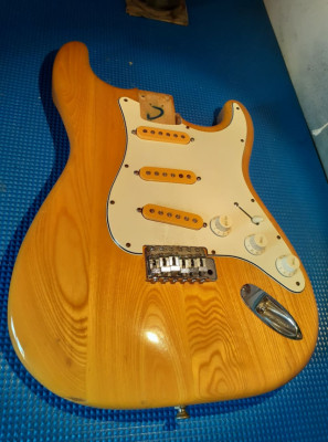 Arreglos y ajustes de guitarras eléctricas y acústicas