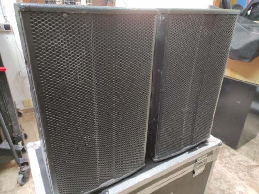 2 Monitores The Box Pro Achat 112MA con fundas