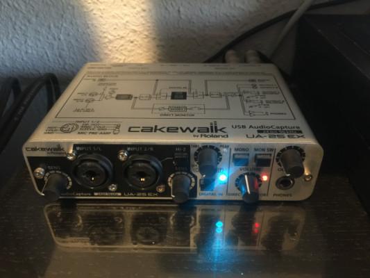Roland Cakewalk UA-25 EX