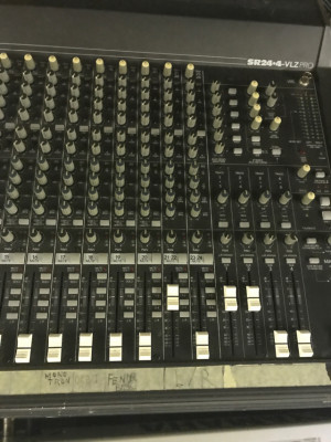 Mixer Mackie SR 24-4 VLZ PRO Made in USA