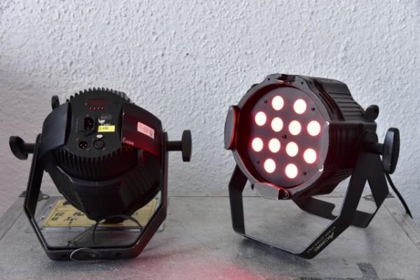Par RGB LED marca ACME modelo MP-12FC.