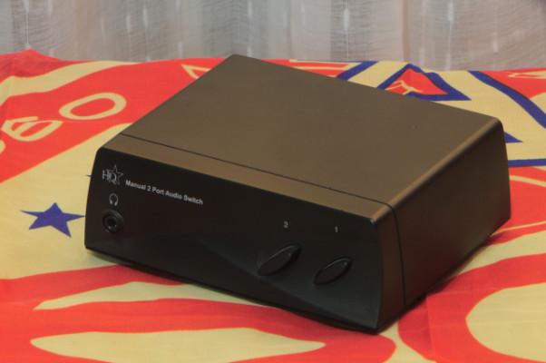 Switch audio RCA 2 vías estéreo