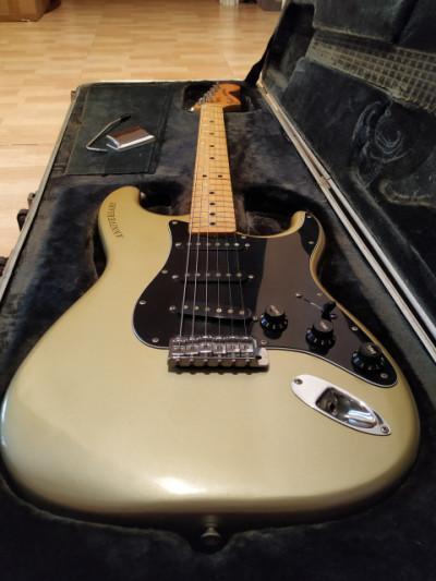Fender Stratocaster 25th Anniversary de 1979