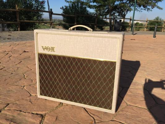 Vendo / Cambio Ampli Vox ac15 por AC30 CC2 o C2